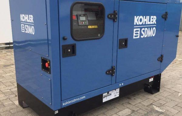 GROUPE ELECTROGENE INSONORISE SDMO 33 kva