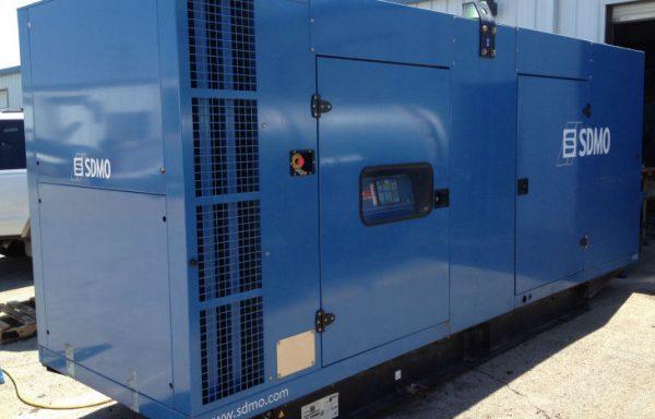 GROUPE ELECTROGENE INSONORISE SDMO 300 KVA