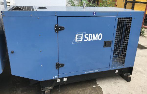 Groupe électrogène insonorisé SDMO T22K – 22 kva
